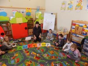 Dzieci z autyzmem terapia (1)