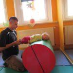 Obrzmienia i/lub skurcze mięśni nóg oraz medytacja